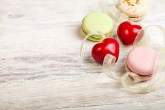 Entend et fond de valentine de bonbons Images stock