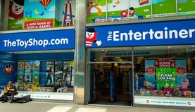 The entertainer Swindon. Swindon, United Kingdom - May 04 2019:   The entrance to the Entertainer toy shop off Regent Street stock images