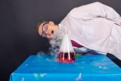 Entertaining chemistry and mad scientists 1534. Royalty Free Stock Image