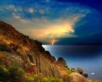 Entfernter Sturm über dem Schwarzen Meer, Krim Lizenzfreie Stockbilder