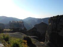 Entferntes Kloster, Meteora, Griechenland lizenzfreies stockfoto