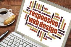 Entgegenkommende Webdesignwortwolke Stockbild