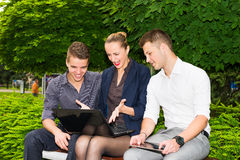 Enthusiastic business people Royalty Free Stock Photos