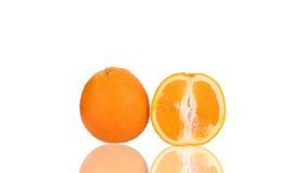 Entier et demi oranges Photo libre de droits