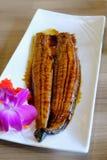 Entier rôti par poissons japonais d'épaule Complété avec doux et aigre Image libre de droits