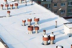 Entlüftungsrohre auf dem Dach Lizenzfreie Stockfotos