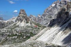 Entlang der Weg Tre Cime di Laveredo-Spur drei der berühmtesten Spitzen der Dolomit, in Sesto Dolomites, Italien stockfotos