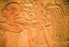 Entlastung des Steinartefakts innerhalb des ägyptischen Museums lizenzfreie stockfotografie