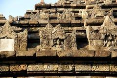 Entlastung und Skulptur in Ijo-Tempel lizenzfreie stockbilder