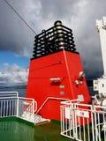 Entonnoir rouge et noir de ferry Photo libre de droits