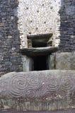 Entrée à Newgrange photographie stock