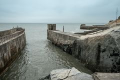 Entrée à un tunnel militaire souterrain de Zhaishan de port sur l'île de Kinmen, Taïwan images stock