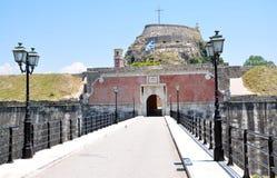 Entrée à un vieux fort, ville de Corfou, Grèce Photos stock