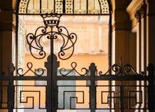 Entrée au bâtiment historique, Catane, Sicile, Italie photographie stock