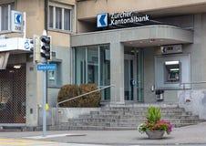 Entrée au bureau cantonal de banque de Zurich dans Wallisellen Photographie stock