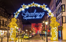 Entrée au centre de la ville de Strasbourg sur Noël Photographie stock libre de droits