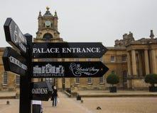 Entrée au palais de Blenheim images libres de droits