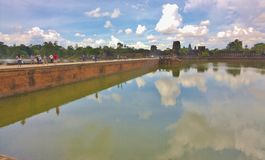Entrée au temple chez Angkor Vat Images stock