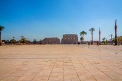 Entrée au temple de Karnak images stock