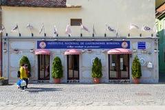 Entrée avant et façade d'Institutul National de Gastronomie Roumanie, une organisation culinaire qui favorise la cuisine traditio photos stock