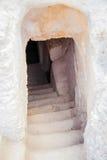 Entrée avec un escalier en pierre Photo stock