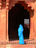 Entrée bleue de sari Photo libre de droits