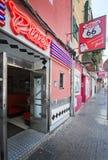 Entrée d'enseigne au néon du wagon-restaurant 66 de restaurant Image libre de droits