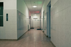 Entrée d'hôpital images stock