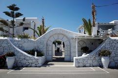 Entrée d'hôtel chez Mykonos Grèce image libre de droits