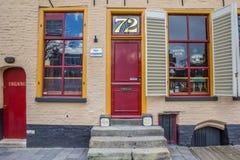 Entrée d'un vieux bar à Groningue image libre de droits