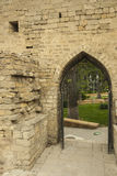 Entrée dans le mur de la vieille ville de Bakou, Azerbaïdjan Photos libres de droits