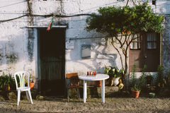 Entrée de Chambre de village rural Photographie stock libre de droits
