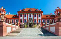 Entrée de palais de Troja, Prague Image stock