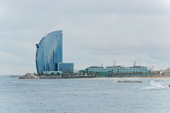 Entrée de port et hôtel de W Barcelone Photographie stock libre de droits