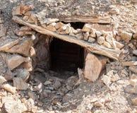Entrée de puits de mine Image libre de droits