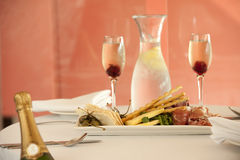 Entrée de restaurant avec le champagne Images libres de droits