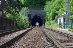 Entrée de tunnel de chemin de fer image libre de droits