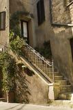 Entrée de vintage dans un bâtiment de Toscane Image libre de droits
