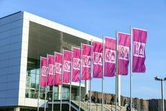 Entrée et drapeau de l'ISM à Cologne Photos libres de droits