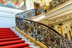 Entrée magnifique d'escalier au musée de château de Phillipsruhe dans Hanau, Allemagne photo stock