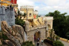 Entrée principale au palais de Pena dans Sintra Image libre de droits