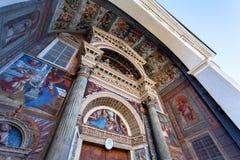 Entrée principale de cathédrale - vieille ville d'Aosta Italie Image stock