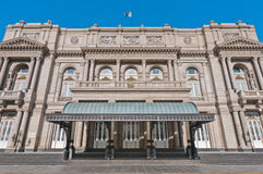 Entrée principale de théâtre de deux points à Buenos Aires Photo libre de droits