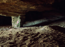 Entrée souterraine de caverne Photos libres de droits