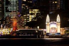 Entrée Sydney de Luna Park la nuit Photographie stock libre de droits