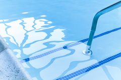 Entrée vidée de piscine image libre de droits