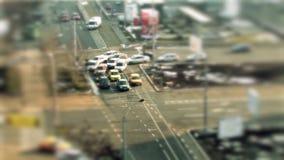 Entraînement de voitures, variation d'inclinaison à Bucarest banque de vidéos
