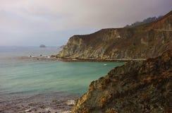 Entraînement en Californie sur l'itinéraire 1 de route de Côte Pacifique Photo libre de droits