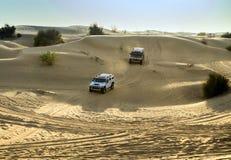 Entraînement sur le safari de désert de jeeps Photos libres de droits