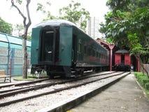Entraîneurs historiques au musée ferroviaire d'oudoor de Hong Kong image libre de droits